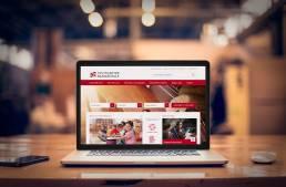 Laptop mit dem neuen Webdesign der Stuttgarter Musikschule von Infodesignerin Daniela Vey